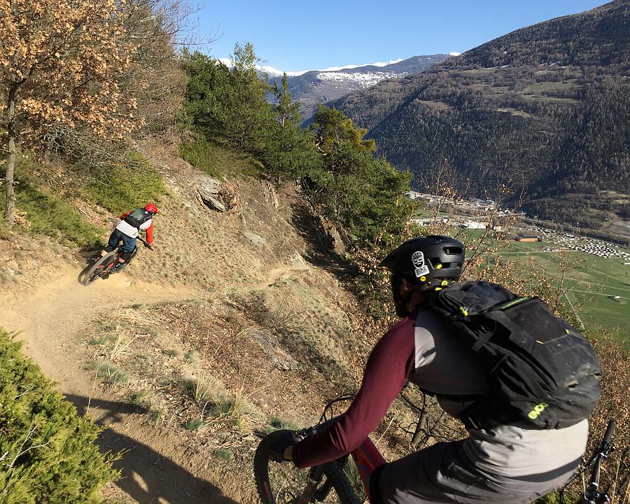ML_118_Jeizi_Enduro_Alpine_Trails_Bratsch_Gampel_IMG_6598_c_Jan_Oggier_M.jpg