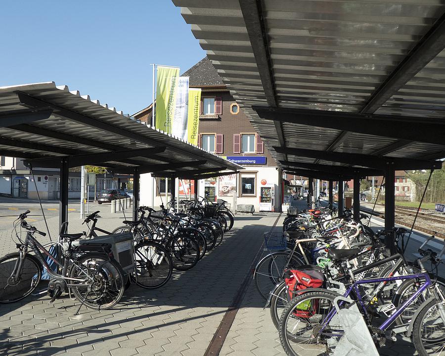 VL_062_02_02_Schwarzenburg_Bahnhof_M.jpg