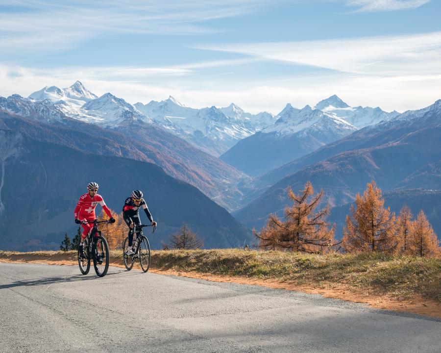 VL_150_Route_Panorama_de_Crans_Montana_2015_velo_1F6A8361_CMTC_Luciano_Miglionico_M.jpg