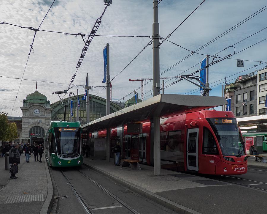 WL_007_01_01_Basel_Bahnhofplatz_M.jpg