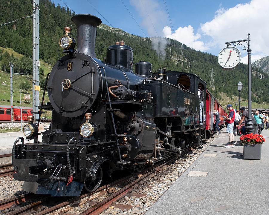 WL_051_01_023_Oberwald_Bahnhof_R_M.jpg