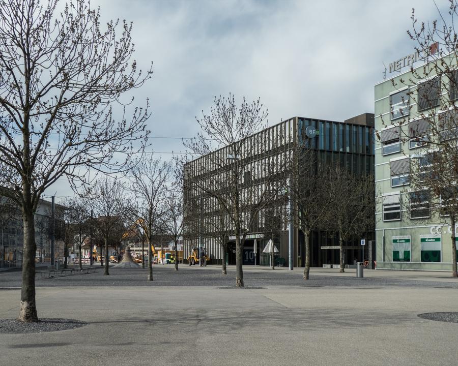 WL_076_02_03_Biel_Bahnhofplatz_Sued_M.jpg