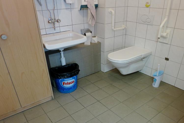 WC Eurokey à la station sommitale de Furi