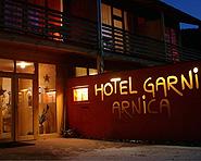 Hotel Arnica Scuol