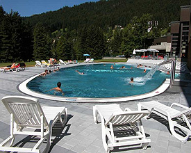 «eau-là-là - Wellness and Pleasure Pool Davos