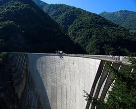 Verzasca-Staumauer