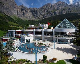 The largest alpine thermal spa in Europ Leukerbad