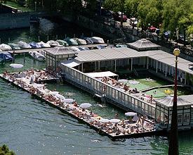 Frauenbadi river bath Zurich