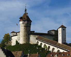 La forteresse «Munot»