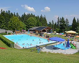 Outdoor swimming baths Perle Eywald