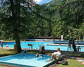 Piscina all'aperto Reckingen