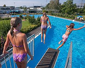 Baden_SchwimmbadRheineck_list