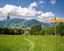 POI_Bergbahn_Sattel-Hochstuckli_SHAG-Drehgondeln_M.jpg