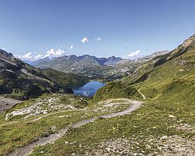 Four-lake-hike