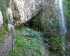 Weg der drei Wasserfälle